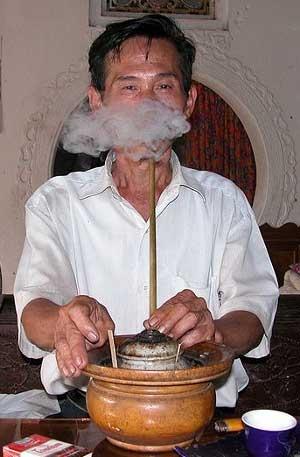 Так курят бамбук
