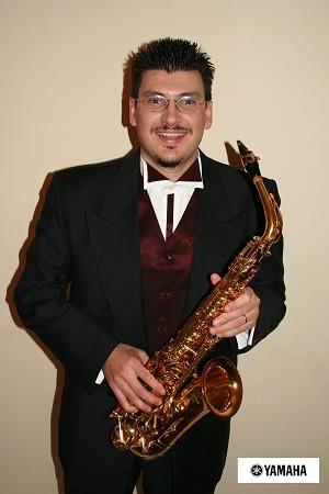 саксофонист Стасис  Мавромматис