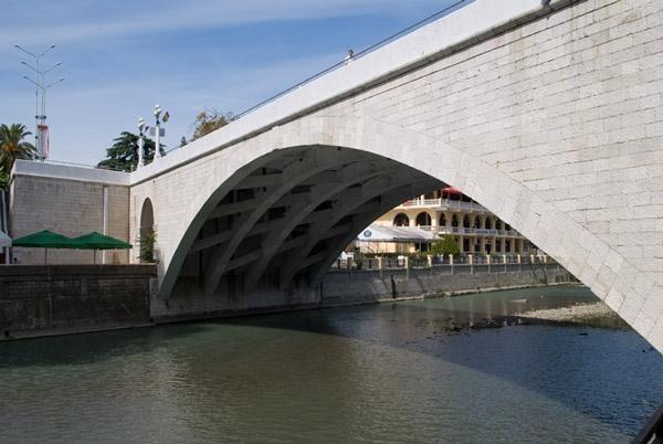 Ривьерский мост Сочи