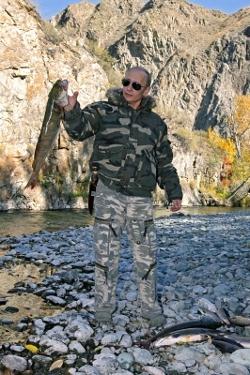 Владимир Путин на рыбалке
