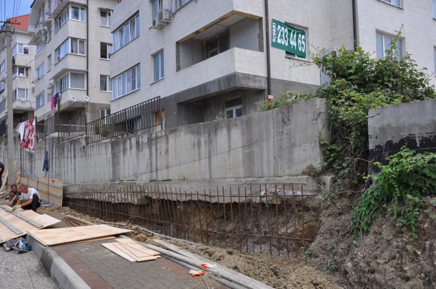 Серия подпорные стены с контрфорсами