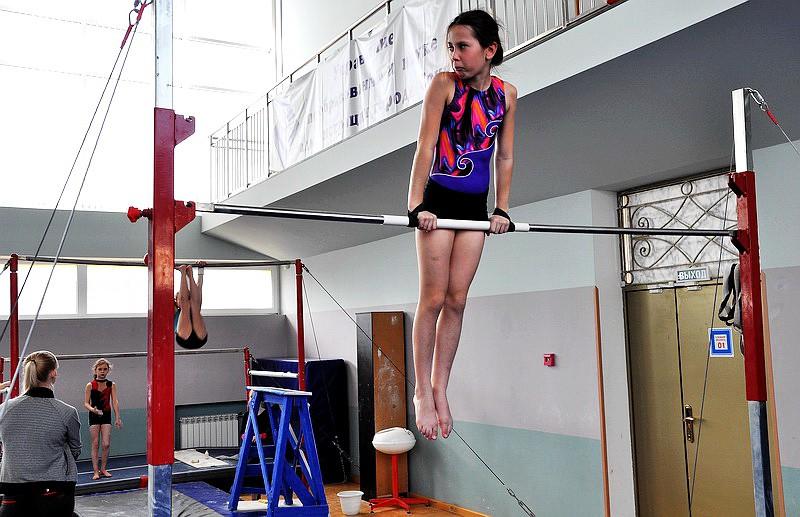 Девочки гимнастки в видеоэротике фото 338-436