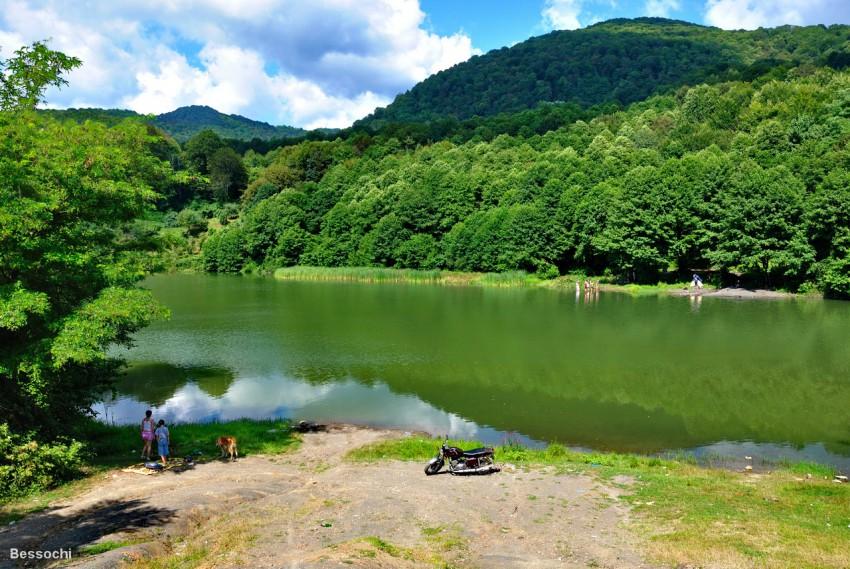 озера с ловлей сочи