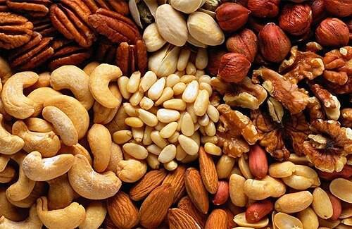 орехи незаменимый  продукт  питания