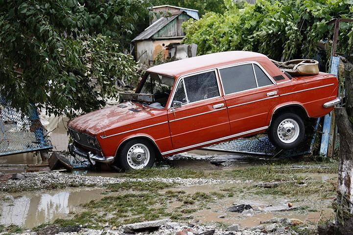 http://privetsochi.ru/uploads/images/00/83/72/2012/07/13/28b33c.jpg