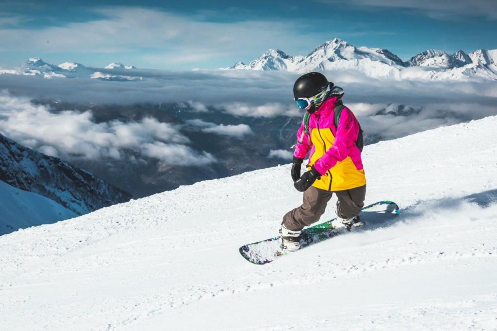 Курорт Газпром продлил тестовые катания на Альпике