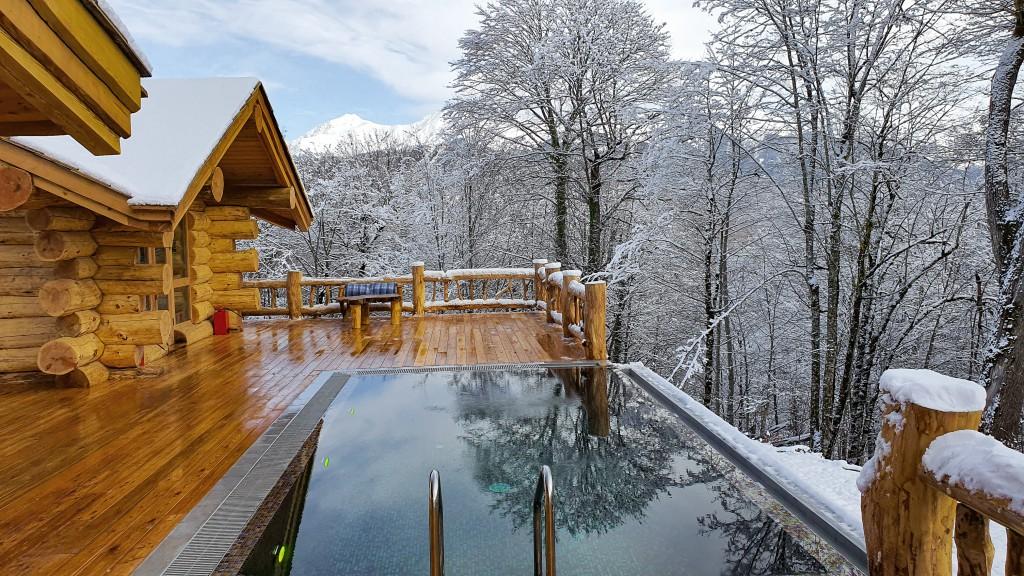 Огонь, Вода, Воздух и Земля стали основой ритуалов в горных банях на Курорте Красная Поляна