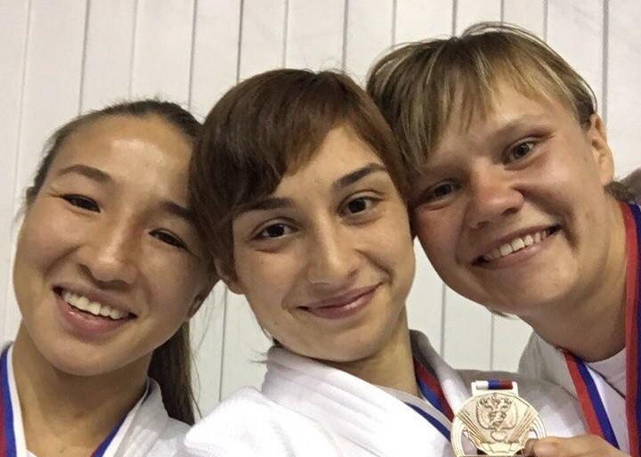Алия Биккужина и Кристина Карекян