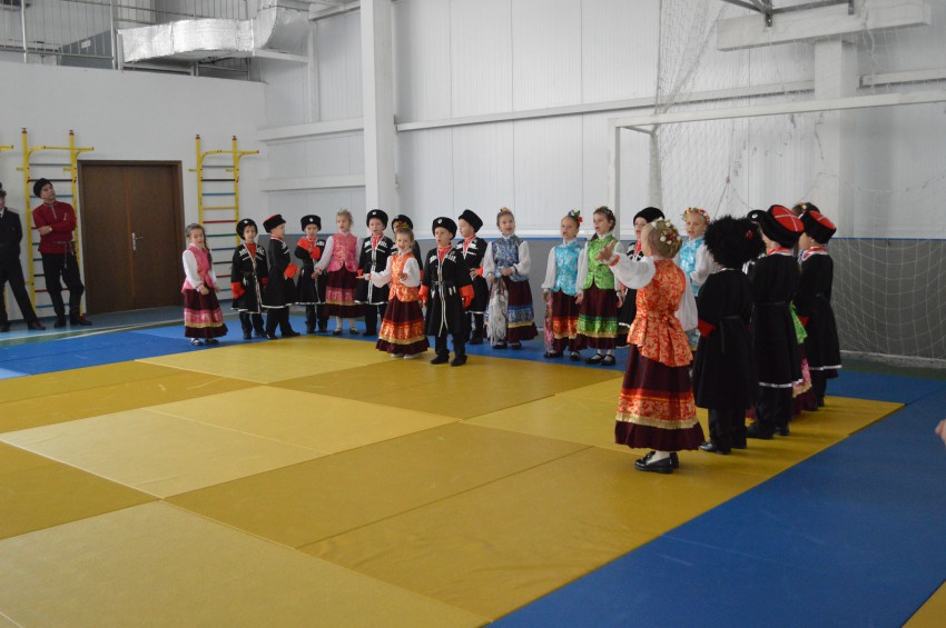 ансамбль кубаночка детского сада 83