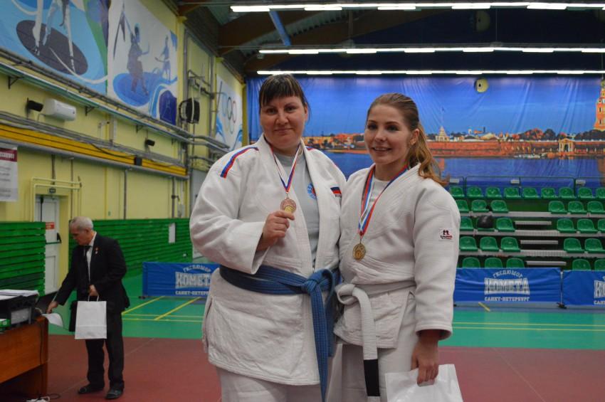 Екатерина Поликашина (слева) и Москалева Алена (справа)