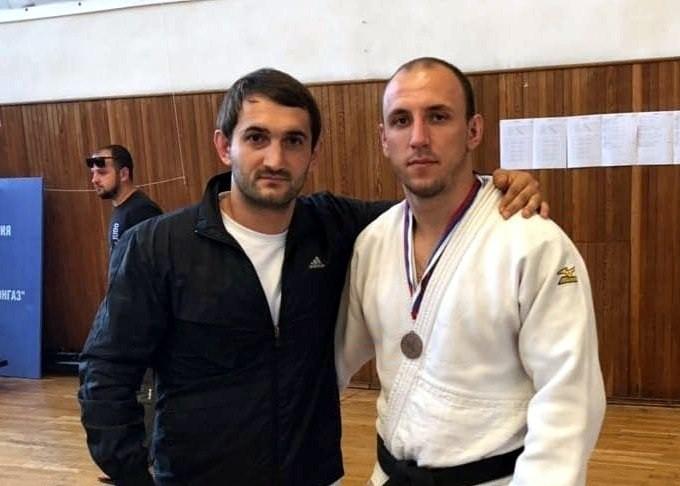 Карлен Палян с тренером Давидом Хачатуряном