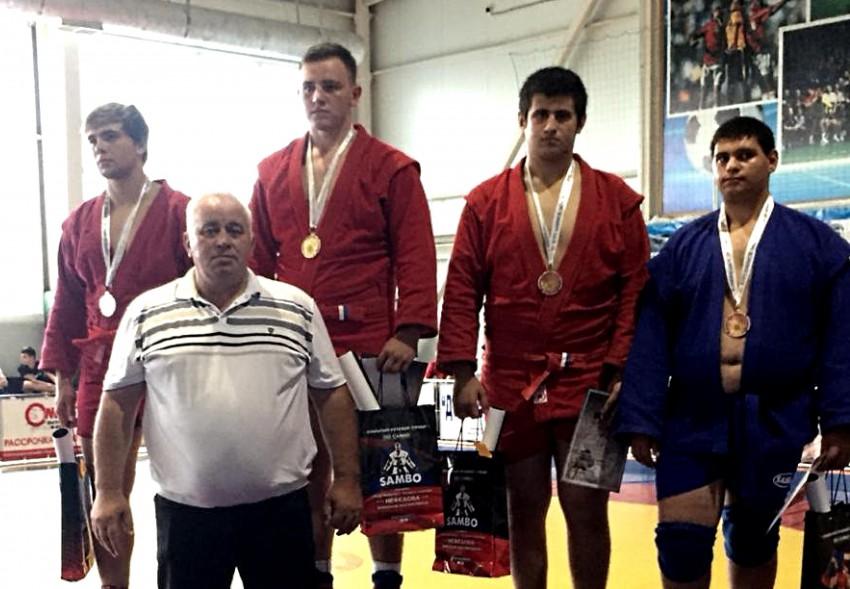 Гриша Аведян - бронза турнира по самбо в Курганинске