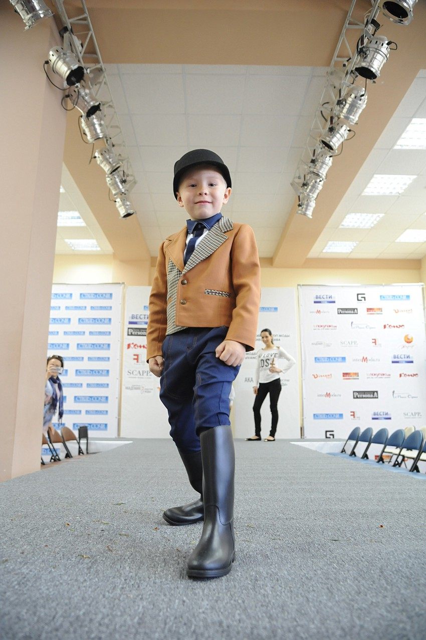 Фото молодые модели в одежде 3 фотография