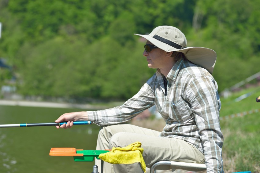 при каком давлении клюет рыба летом карпа
