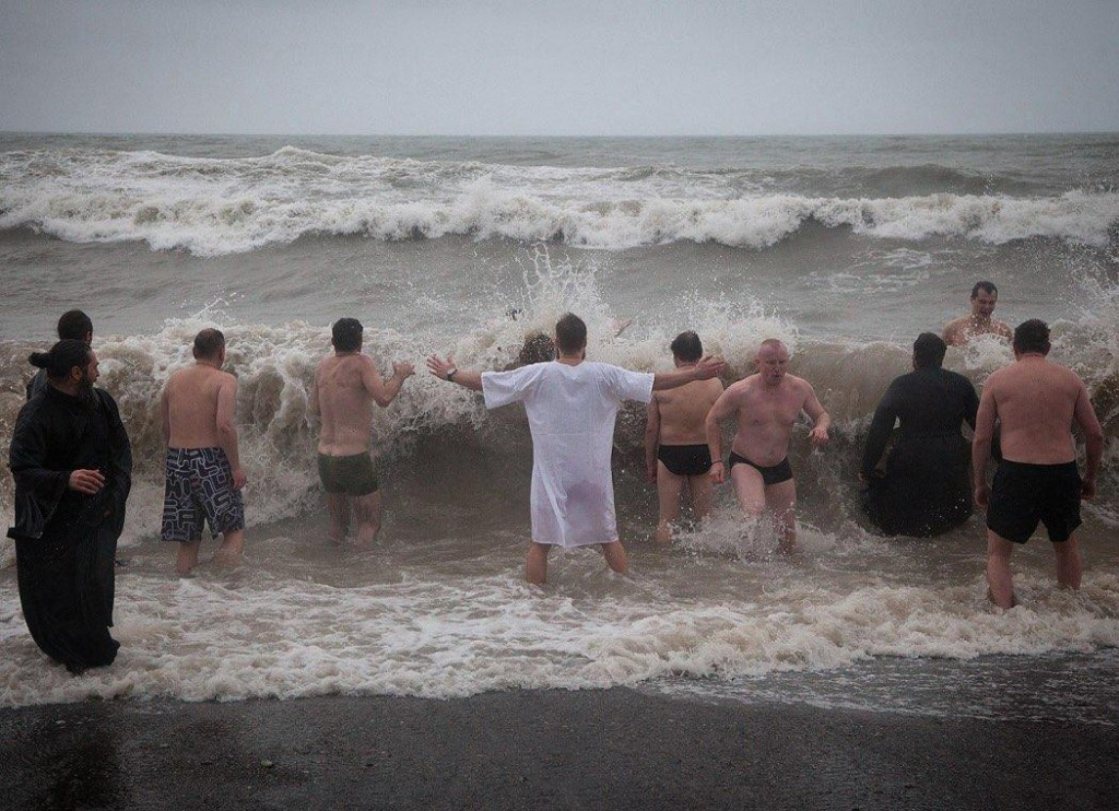 Крещенские купания в Сочи