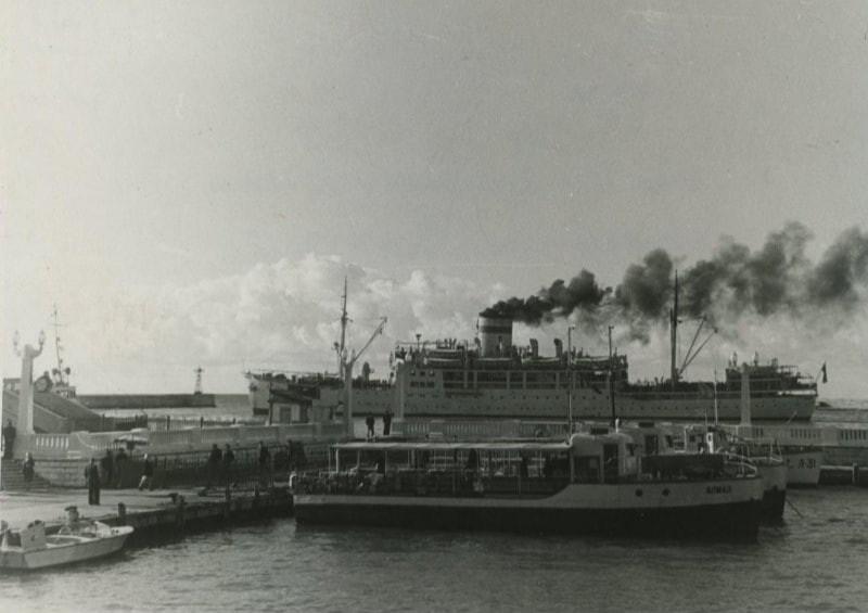 В порту Сочи, 1955 год