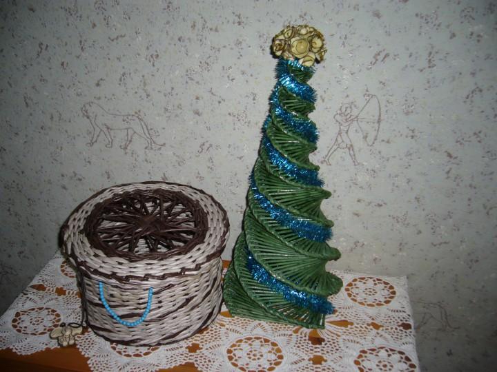 Елка плетеная