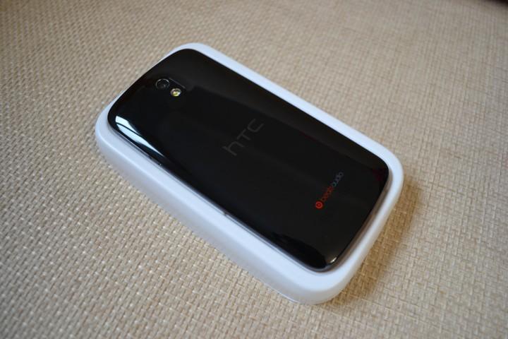 Продам абсолютно новый HTC desire 500 dual sim