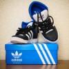 Совершенно новые кроссовки Adidas